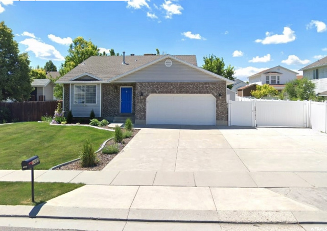 1455 W RED HEATHER LN, West Jordan UT 84084