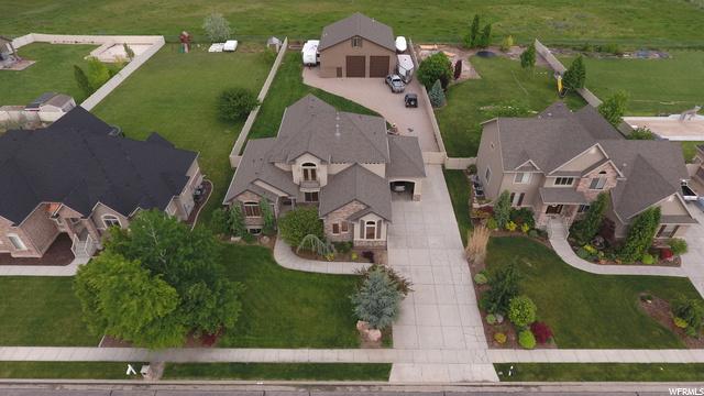 1651  LEOLA ST, Kaysville UT 84037