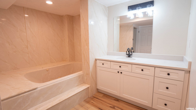 Basement Bathroom with Jetted Tub