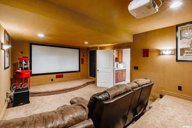 $20,000 Epson High Definition Projection System Home Theater  7.1 Surround Sound, 106 inch Screen, 1,000 Watt Sub Woofer
