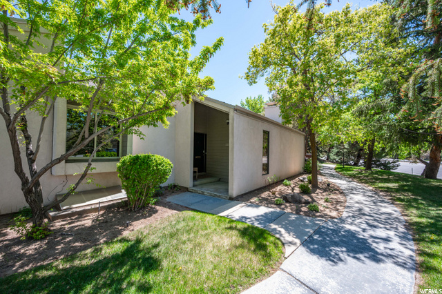 1550 E 5600 S #1, Salt Lake City UT 84121