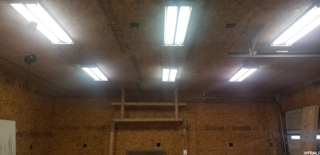 10' Ceilings in Shop Area