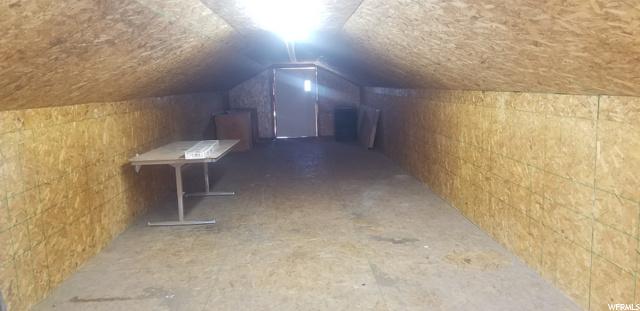 Abundant Storage Above Workshop