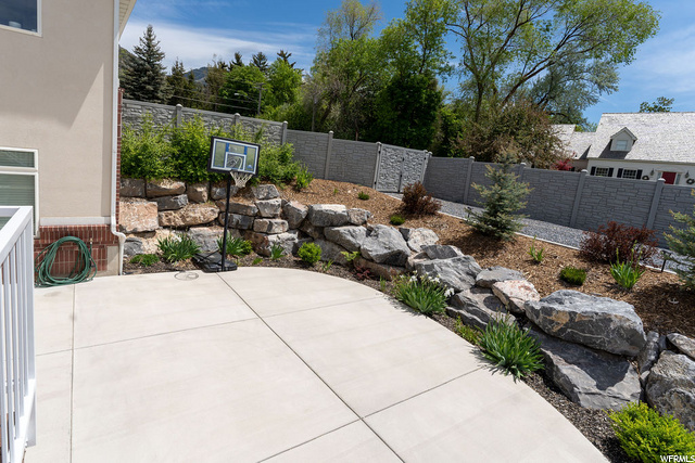 Backyard area for future Jacuzzi