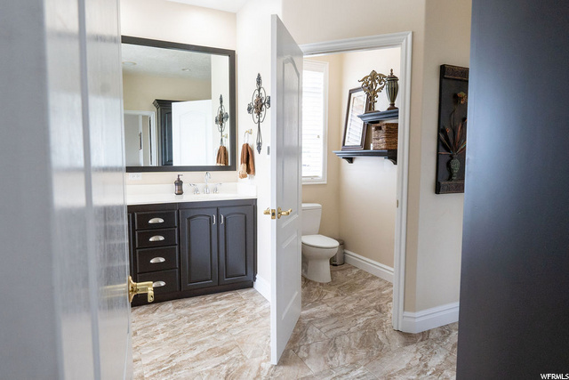 Master Bathroom - Main Floor - separate toilet room