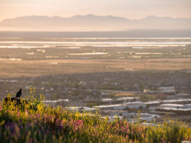 Spectacular sunset views over the Great Salt Lake