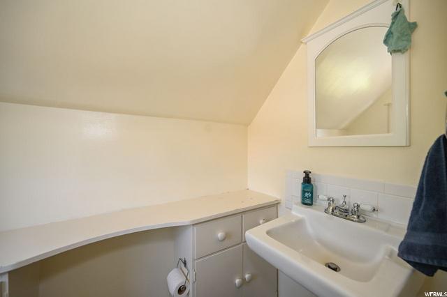3rd Bed 1/2 Bath