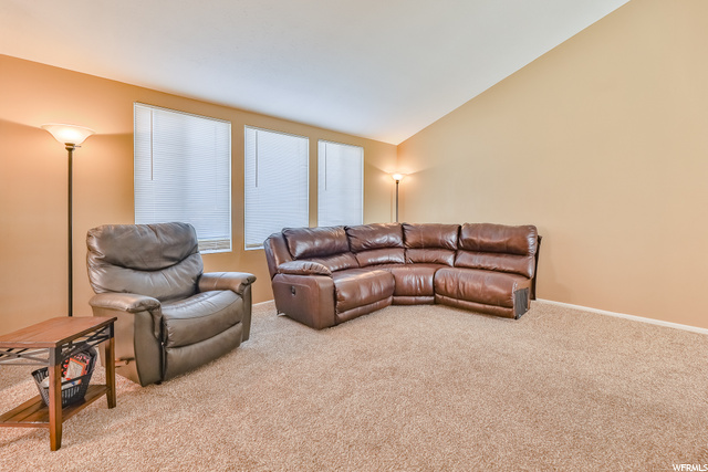 Natural lighting, vaulted ceilings