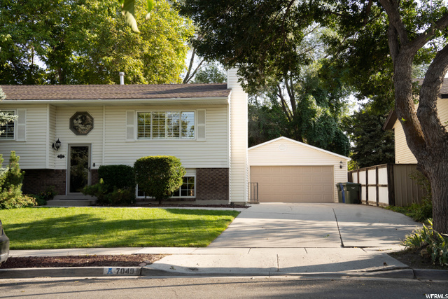 7049 W CHULA DR, West Valley City UT 84128